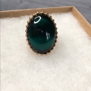 Banana republic cocktail emerald green ring